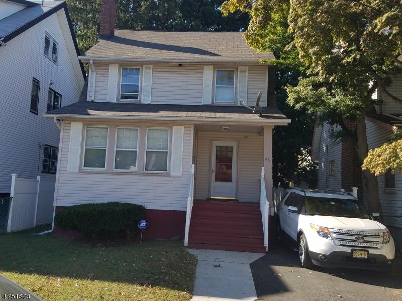 独户住宅 为 销售 在 45 N 21st Street East Orange, 新泽西州 07017 美国