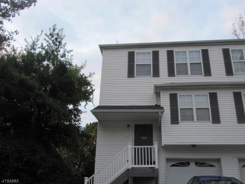 Casa Unifamiliar por un Alquiler en 39 Railroad Avenue Netcong, Nueva Jersey 07857 Estados Unidos