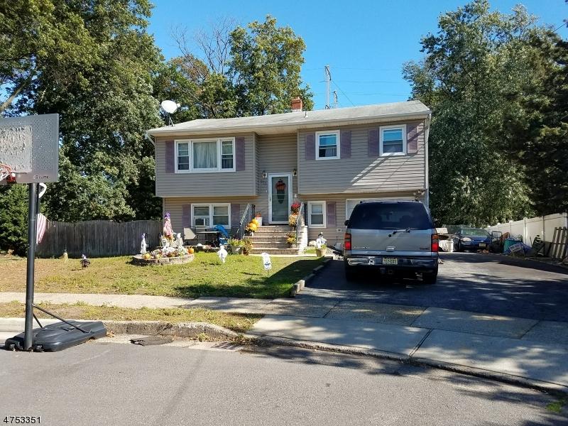 Casa Unifamiliar por un Venta en 900 Diane Court 900 Diane Court Woodbridge, Nueva Jersey 07095 Estados Unidos