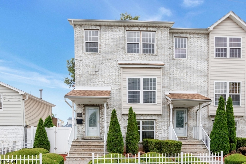 Single Family Home for Sale at 83 Schuyler Avenue North Arlington, New Jersey 07031 United States