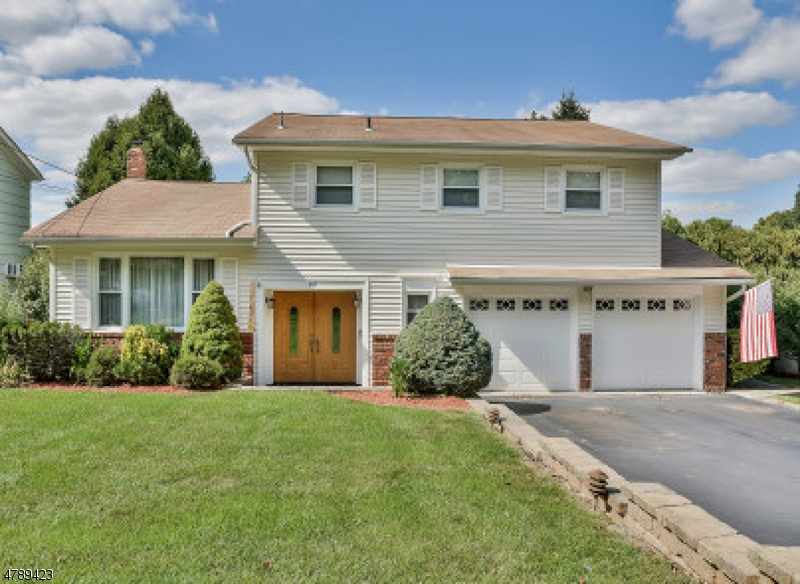 Casa Unifamiliar por un Venta en 40 Lincoln Street Roseland, Nueva Jersey 07068 Estados Unidos