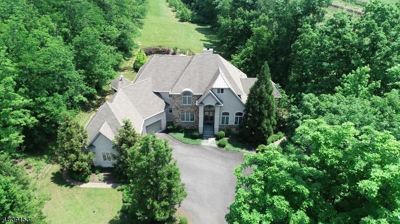 Частный односемейный дом для того Продажа на 110 DUNKARD CHURCH Road Delaware Township, Нью-Джерси 08559 Соединенные Штаты