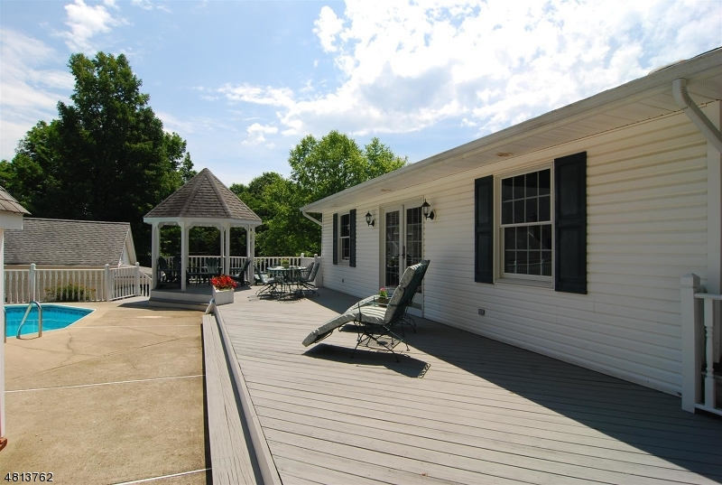 Additional photo for property listing at 1687 GLENWOOD ROAD  Vernon, New Jersey 07462 United States