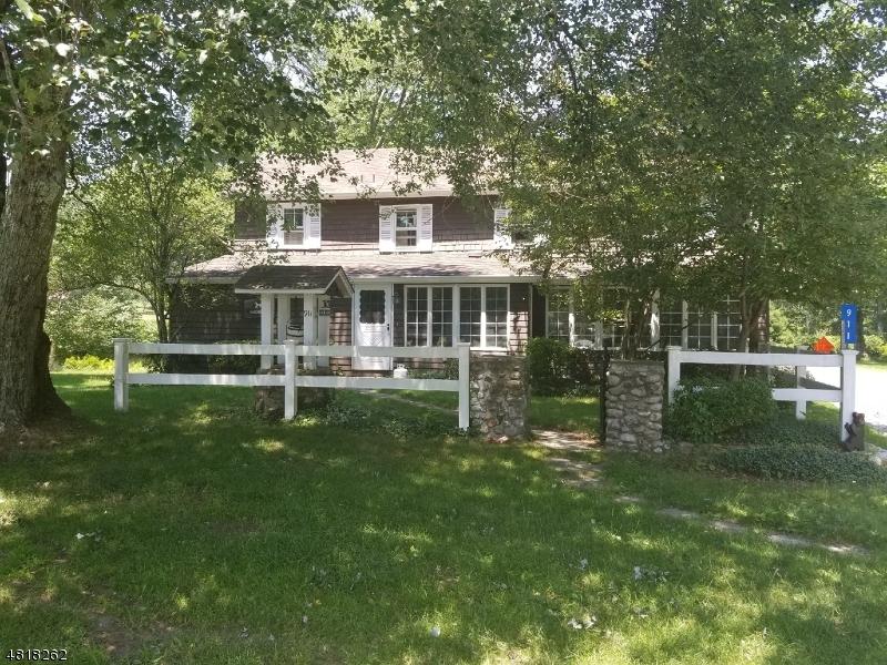Eensgezinswoning voor Verkoop op 911 OWASSA Road Stillwater, New Jersey 07860 Verenigde Staten