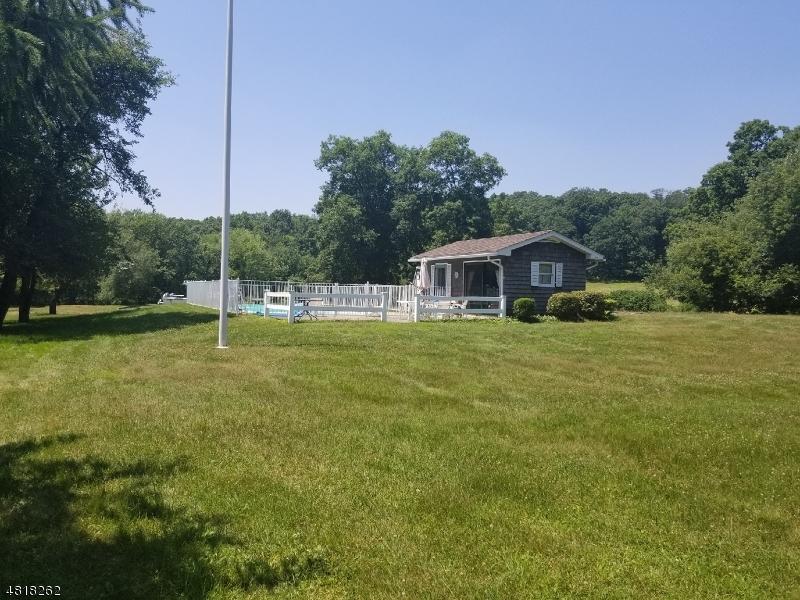 Additional photo for property listing at 911 OWASSA Road  Stillwater, 新澤西州 07860 美國
