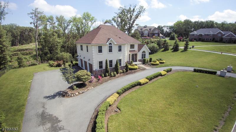 Maison unifamiliale pour l à louer à 19 GUNTHERS VIEW Montville, New Jersey 07082 États-Unis