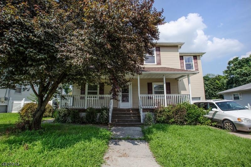 Maison unifamiliale pour l Vente à 32 MORTON Place North Arlington, New Jersey 07031 États-Unis