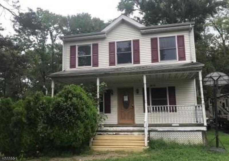 Tek Ailelik Ev için Satış at 9 CLEARY Place Fairfield, New Jersey 07004 Amerika Birleşik Devletleri