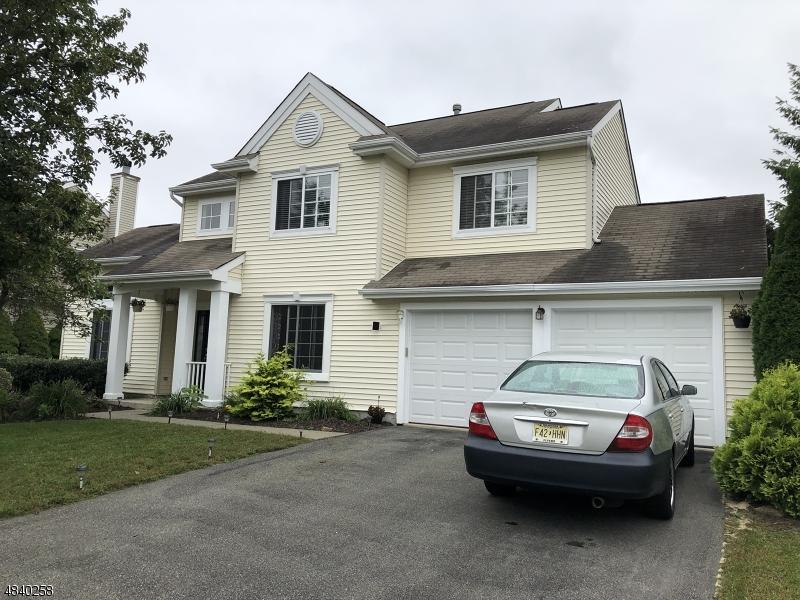 独户住宅 为 销售 在 7 MANSFIELD WAY Jefferson Township, 新泽西州 07438 美国