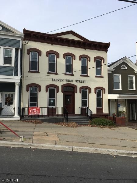 商用 為 出售 在 11 HIGH Street Newton, 新澤西州 07860 美國
