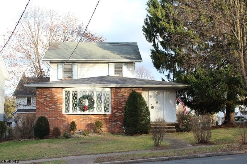 Single Family Home for Sale at 707 SELF MASTER PKY Union, New Jersey 07083 United States