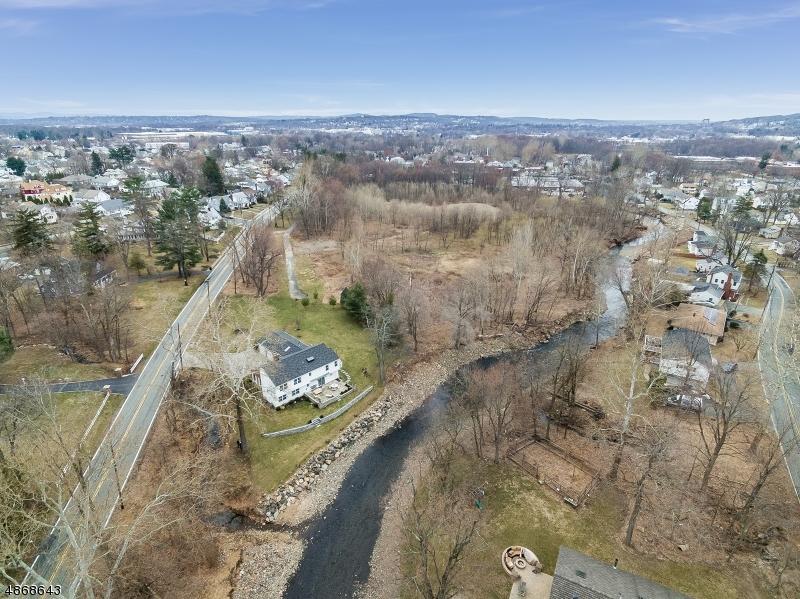 Villa per Vendita alle ore 168 WILMORE Road Little Falls, New Jersey 07424 Stati Uniti