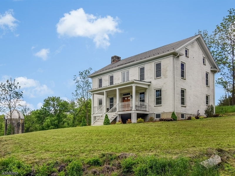 Single Family Home for Sale at 12 OLD ORCHARD RD Hardwick, New Jersey 07825 United States