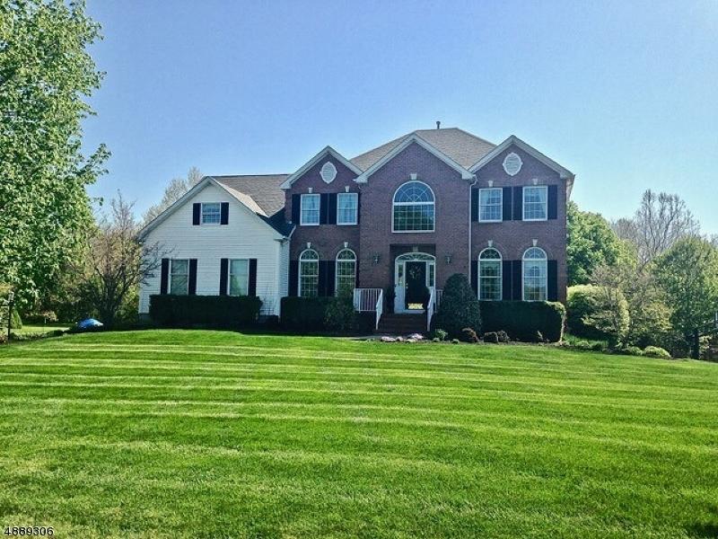 Villa per Vendita alle ore 6 Perry Street Peapack Gladstone, New Jersey 07977 Stati Uniti