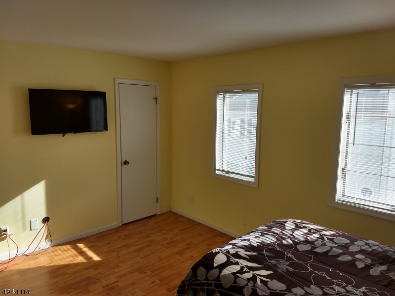Additional photo for property listing at  Passaic, ニュージャージー 07055 アメリカ