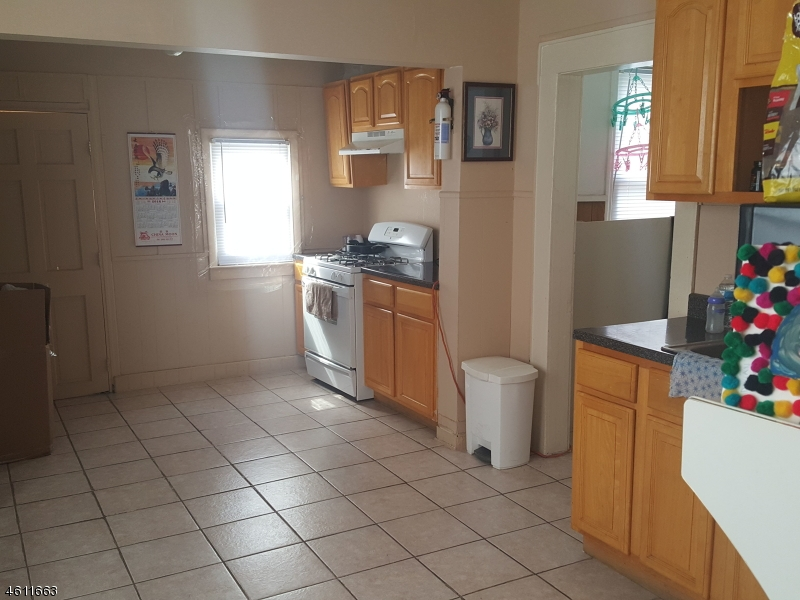 Additional photo for property listing at 416 ALLEN Street  Linden, Нью-Джерси 07036 Соединенные Штаты
