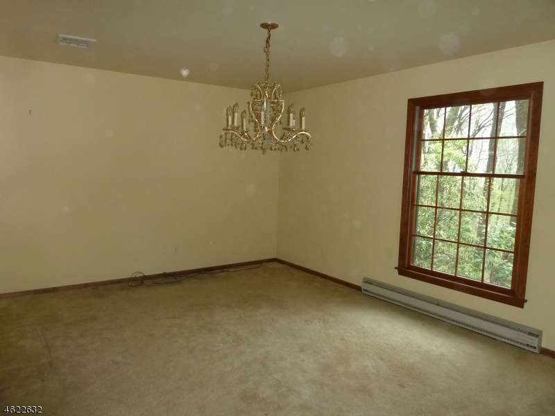 Additional photo for property listing at 548 Drakestown Road  Flanders, New Jersey 07836 États-Unis