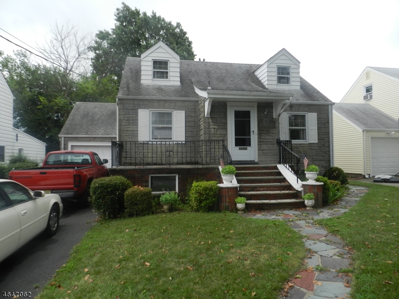 Additional photo for property listing at 29 Grant Avenue  Clifton, Nueva Jersey 07011 Estados Unidos