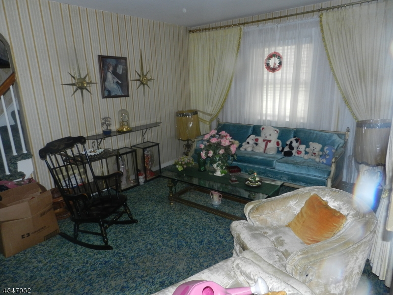 Additional photo for property listing at 29 Grant Avenue  克利夫顿, 新泽西州 07011 美国