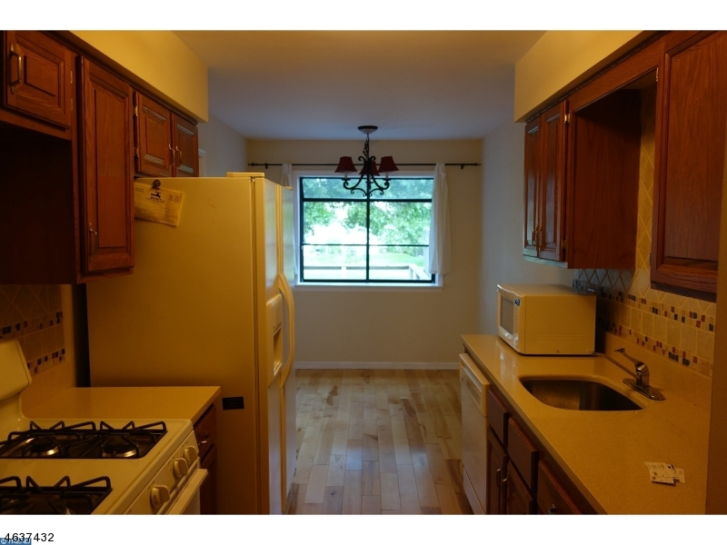 Additional photo for property listing at 305 Marten Road  Princeton, Nueva Jersey 08540 Estados Unidos