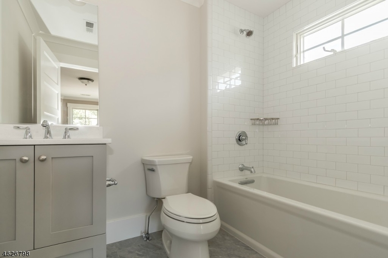 Additional photo for property listing at 750 Prospect Street  Westfield, Нью-Джерси 07090 Соединенные Штаты