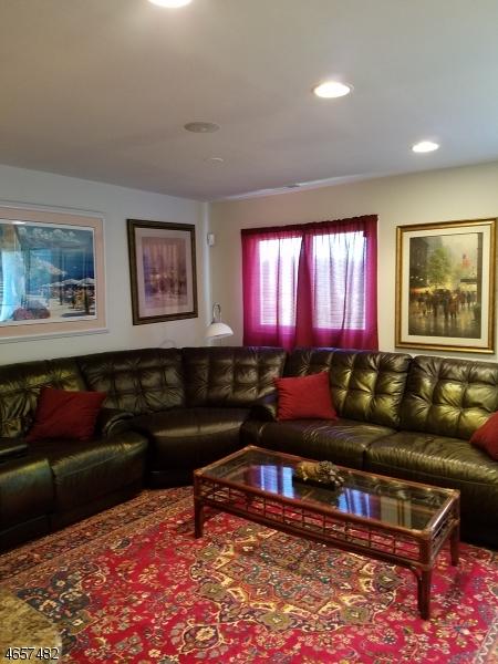 Частный односемейный дом для того Продажа на 5 Arapahoe Dr, UNIT 7 Vernon, Нью-Джерси 07462 Соединенные Штаты