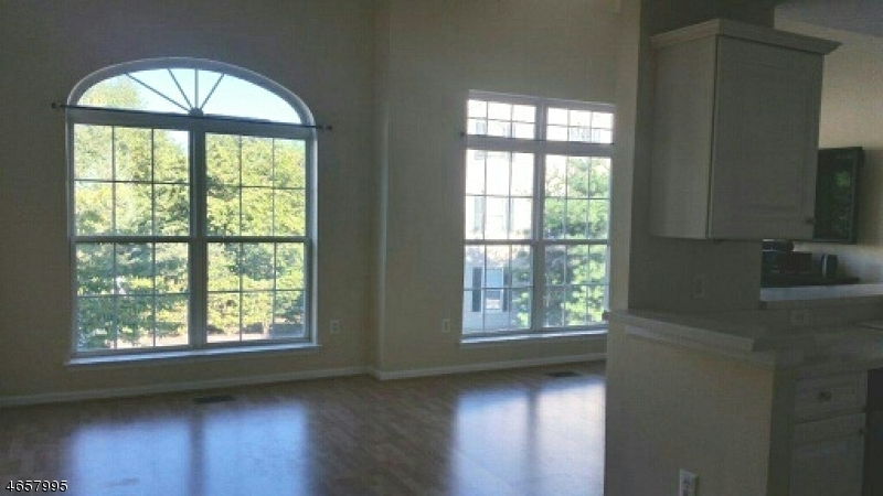 Additional photo for property listing at 159 Riverwalk Way  Clifton, New Jersey 07014 États-Unis
