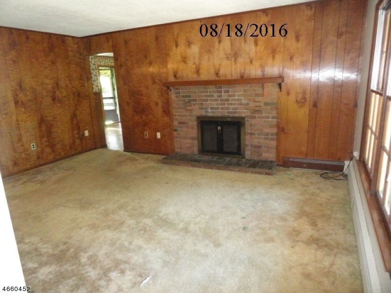 Additional photo for property listing at 421 State Route 94  Vernon, New Jersey 07462 États-Unis