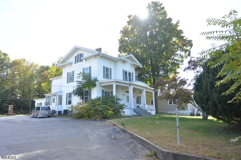Additional photo for property listing at 309 E Main Street  Rockaway, Нью-Джерси 07866 Соединенные Штаты