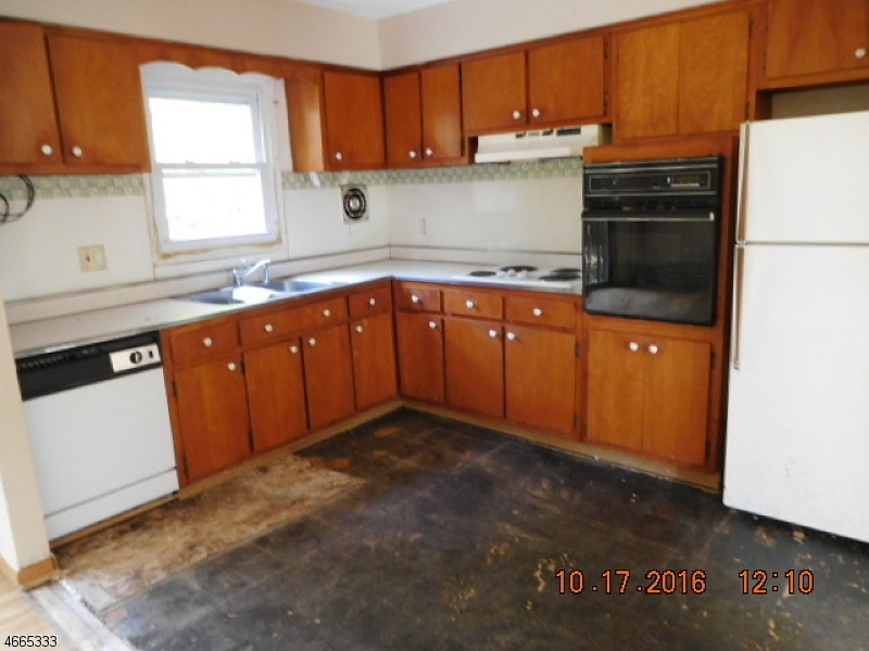 Additional photo for property listing at 186 Tomahawk Trail  Sparta, Нью-Джерси 07871 Соединенные Штаты
