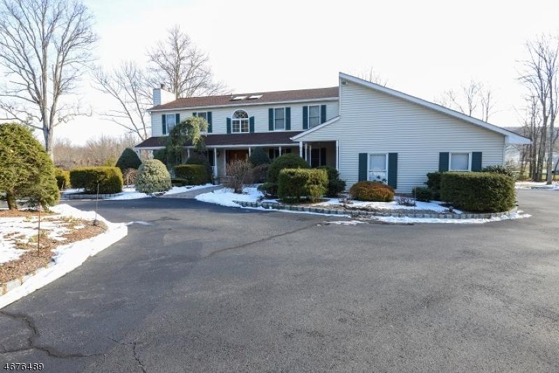 Частный односемейный дом для того Продажа на 203 Morris Tpke Randolph, 07869 Соединенные Штаты