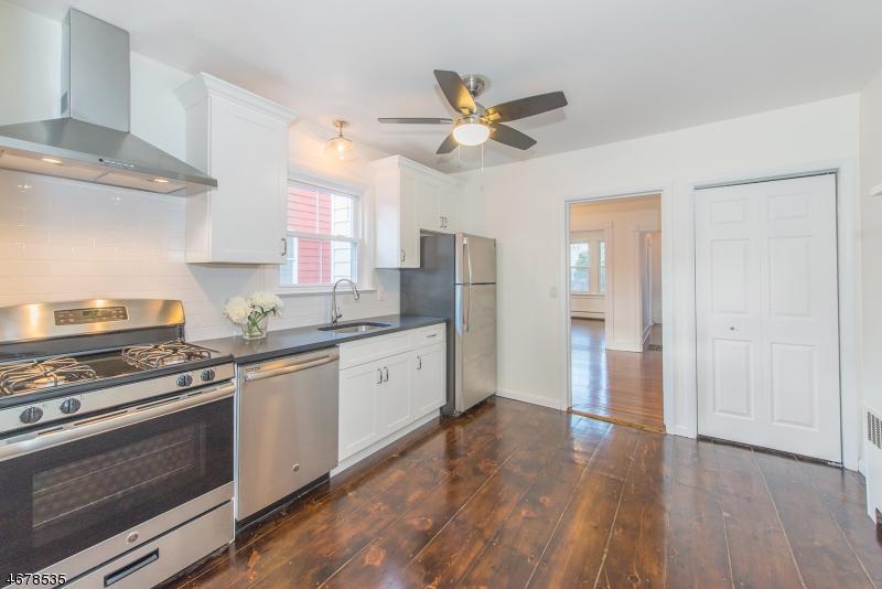Частный односемейный дом для того Аренда на 18-20 MONTAGUE Place Montclair, 07042 Соединенные Штаты