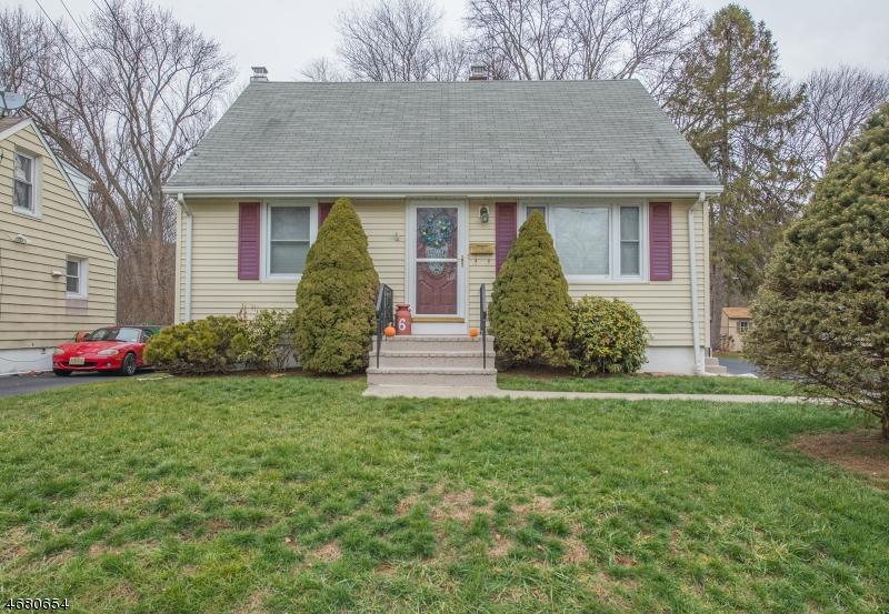 Частный односемейный дом для того Продажа на Address Not Available Bloomingdale, Нью-Джерси 07403 Соединенные Штаты