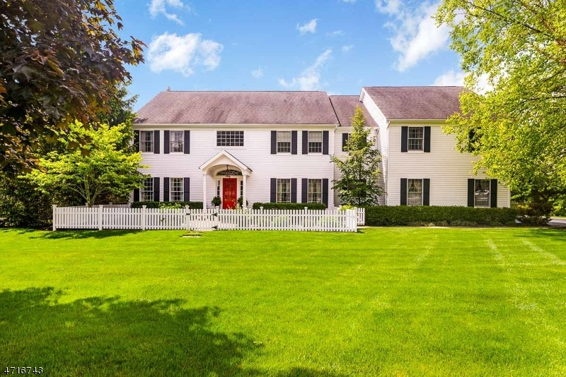 Single Family Home for Sale at 6 COE FARM Road Randolph, New Jersey 07869 United States