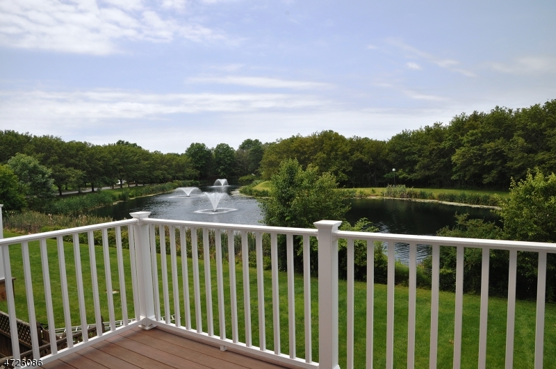 Maison unifamiliale pour l à louer à 1307 Stech Drive Bridgewater, New Jersey 08807 États-Unis
