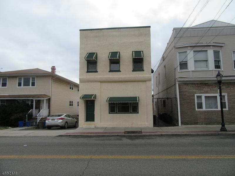Çok Ailelik Ev için Satış at 557 Roosevelt Avenue 557 Roosevelt Avenue Carteret, New Jersey 07008 Amerika Birleşik Devletleri