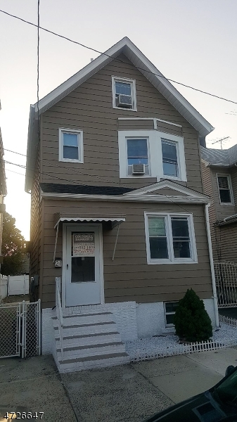 Single Family Home for Rent at 21 Highland Ave , Kearny, New Jersey 07032 United States