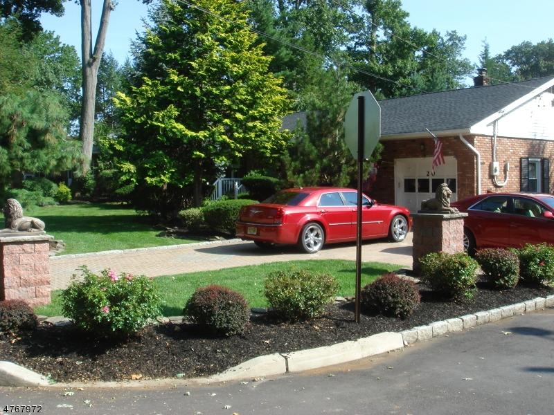 一戸建て のために 売買 アット 20 Montrose Avenue 20 Montrose Avenue Woodbridge, ニュージャージー 07067 アメリカ合衆国