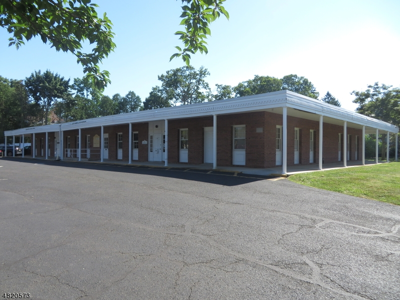 商用 為 出租 在 515 CHURCH STREET Bound Brook, 新澤西州 08805 美國