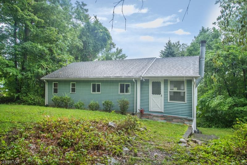 Property для того Продажа на 401 E Lakeshore Drive Vernon, Нью-Джерси 07422 Соединенные Штаты