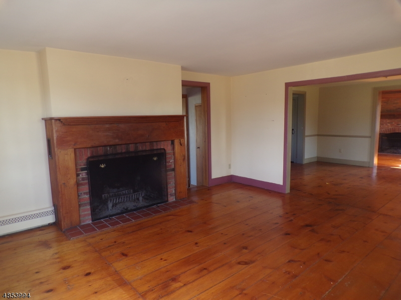 Additional photo for property listing at 215 COUNTY RD 513  Frenchtown, New Jersey 08825 United States