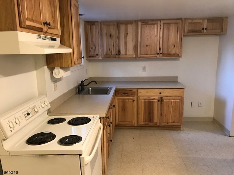 Single Family Home for Rent at 384 RUTHERFORD AVE 384 RUTHERFORD AVE Franklin, New Jersey 07416 United States