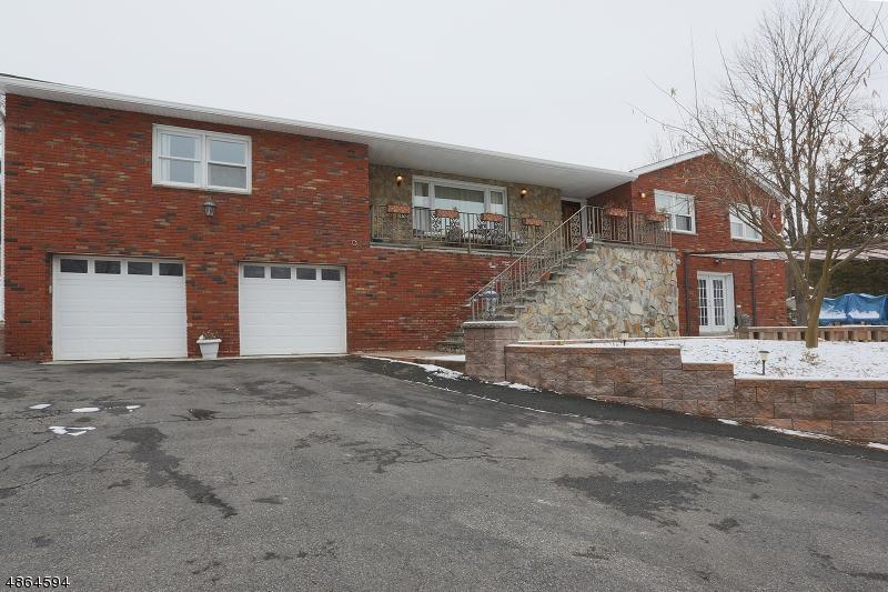 single family homes pour l Vente à Independence Township, New Jersey 07840 États-Unis