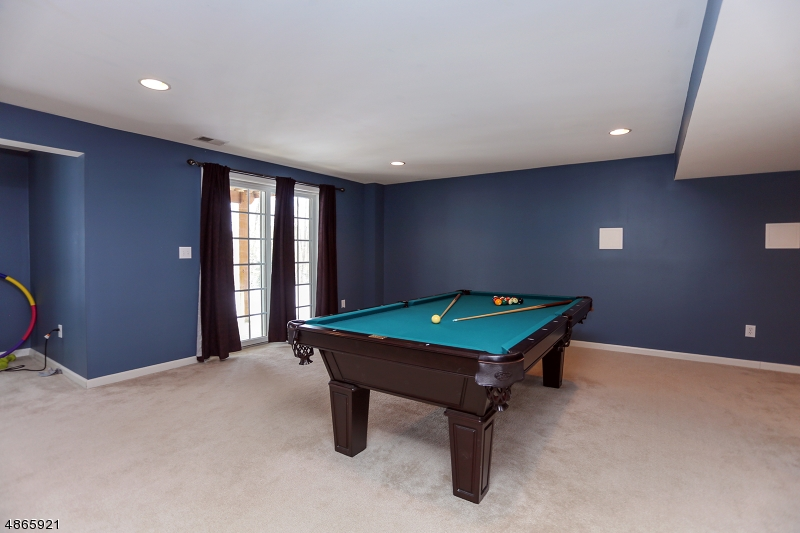 Additional photo for property listing at 74 HELMS MILL Road  Hackettstown, New Jersey 07840 États-Unis