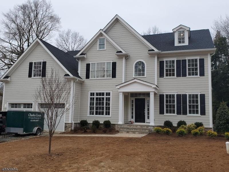Частный односемейный дом для того Продажа на 54 EDGEWOOD Drive Florham Park, Нью-Джерси 07932 Соединенные Штаты