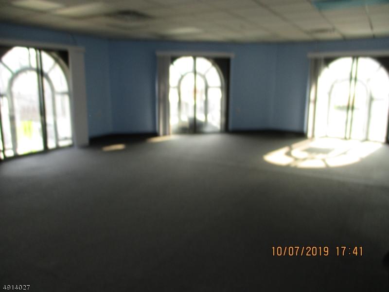 Property للـ Rent في Hawthorne, New Jersey 07506 United States
