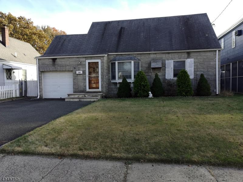 Single Family Homes für Verkauf beim Elmwood Park, New Jersey 07407 Vereinigte Staaten