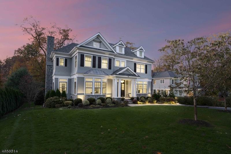 Single Family Homes vì Bán tại Summit, New Jersey 07901 Hoa Kỳ