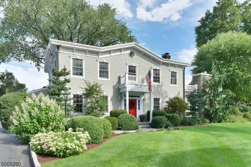 Single Family Homes por un Venta en Ridgewood, Nueva Jersey 07450 Estados Unidos