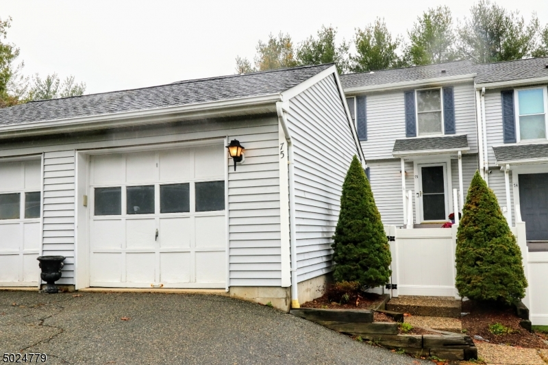 Condo / Townhouse for Sale at Mine Hill, New Jersey 07803 United States